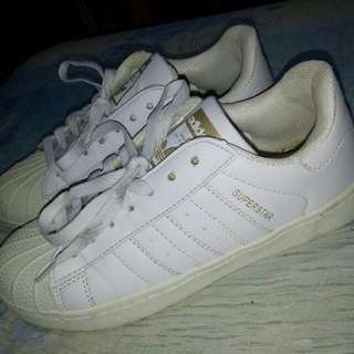 FREE SF! ADIDAS WHITE SNEAKERS 👟