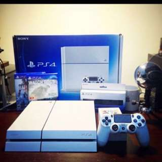 PS4 500GB WITH CONTROLLERS