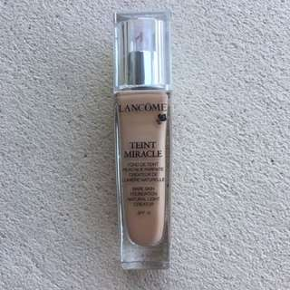 Lancôme Teint Miracle Bare Skin Foundation
