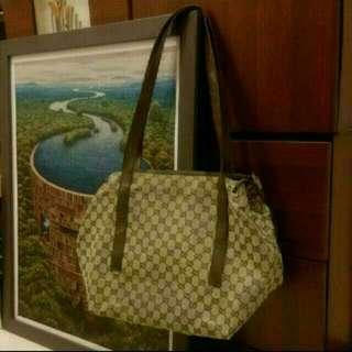 正品Gucci側背大包包  筆電 A4文件通通放得下 容量大可當購物袋
