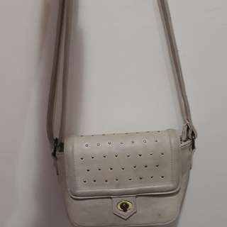 Alibi Paris Sling Bag Broken White