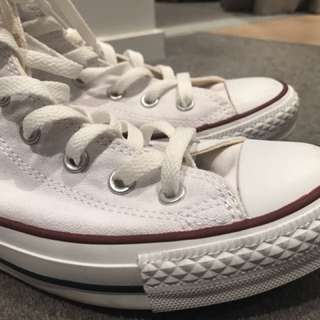 CONVERSE shoes-very good condition