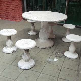 Outdoor Cement Round Table with 6 Chairs