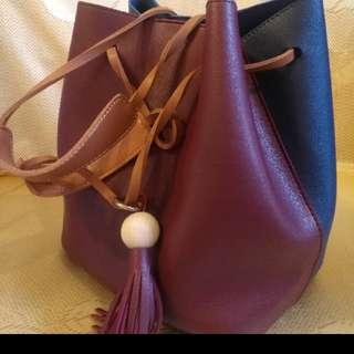 購自韓國雙色連内小袋長带手袋。❤❤🌹👍