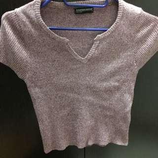 藕粉色短袖衫