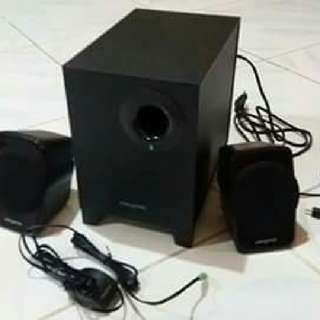 Creative A-120 speakers