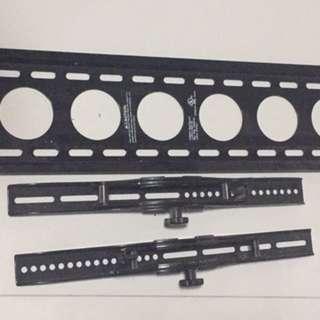 Sanus VMPL50 Wall-mount TV bracket (price negotiable)