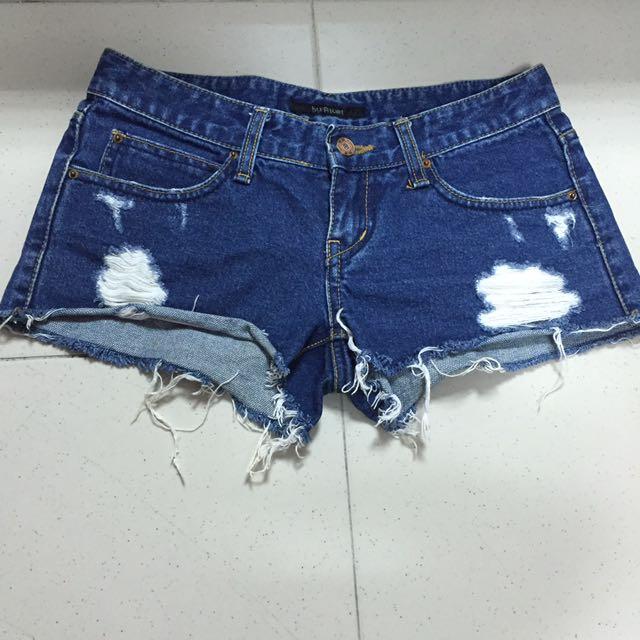 正韓製牛仔刷破短褲
