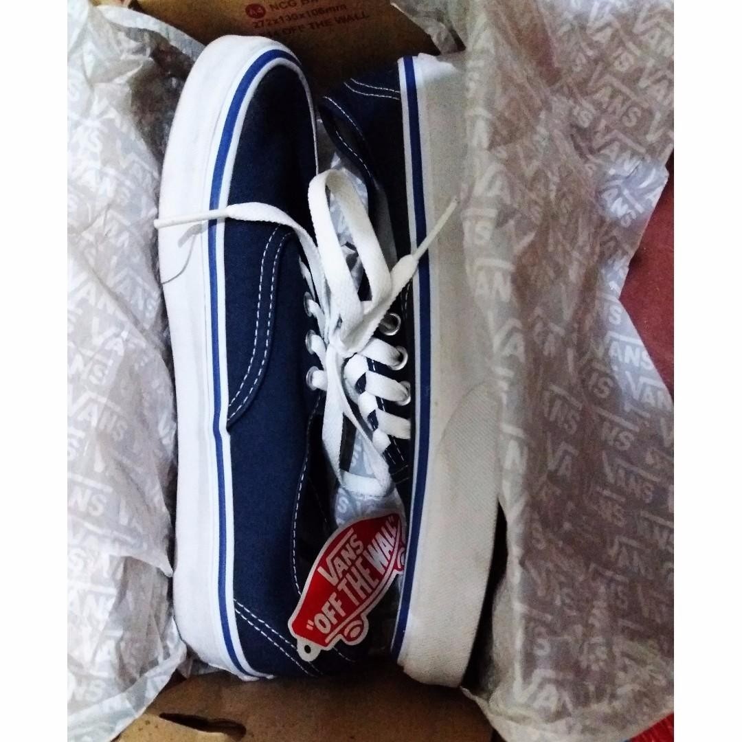 60637403efd4 Authentic VANS Shoes From Dubai