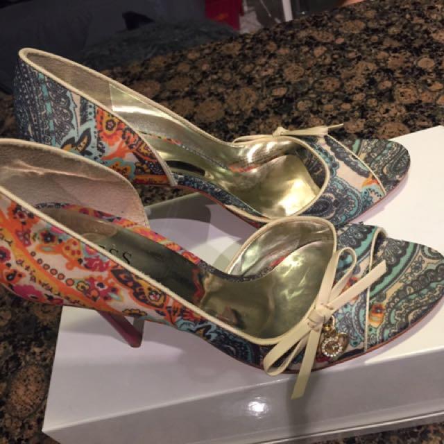 Brand new guess high heels