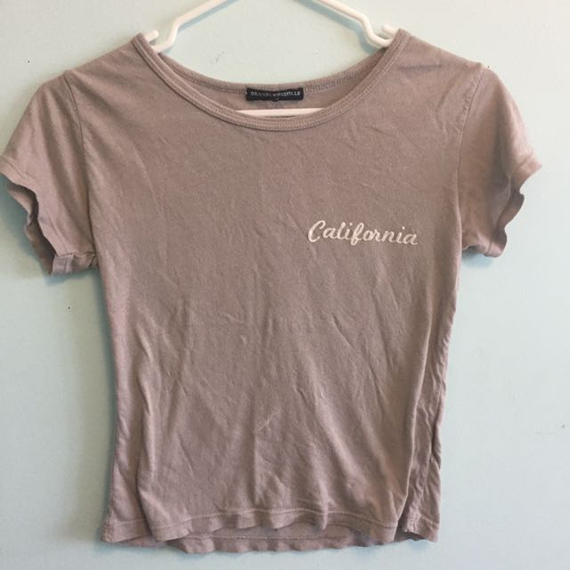 Brandy Melville California tshirt