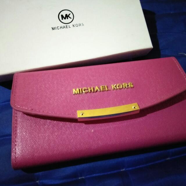 Dompet MK Pink Gold