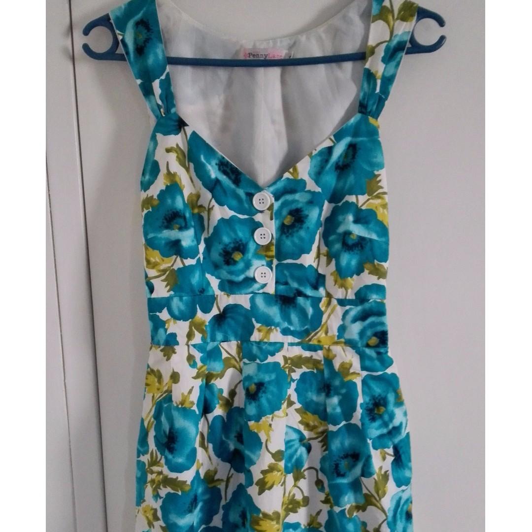 Floral boutique dress- size 8-10
