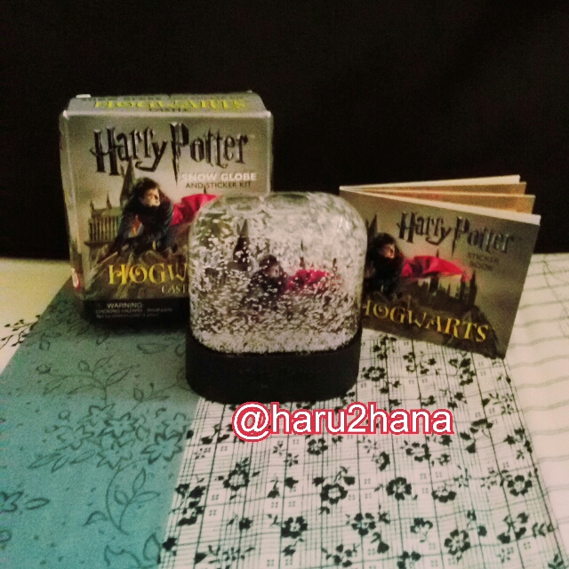 Harry Potter snow globe + sticker kit ori