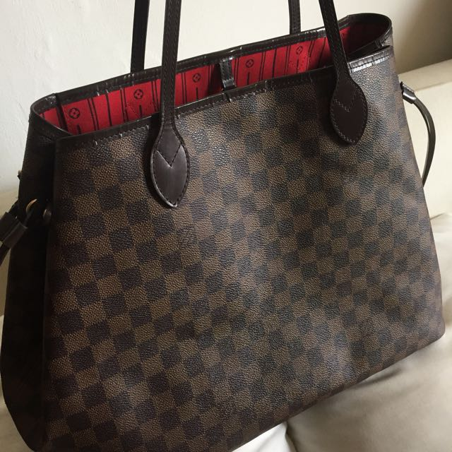 Legendary Damier Neverfull Louis Vuitton