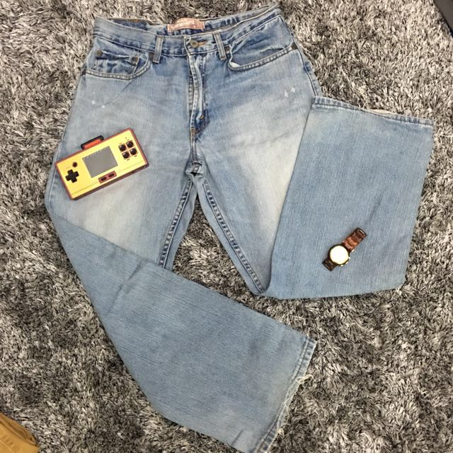 Levi's auth bought in USA