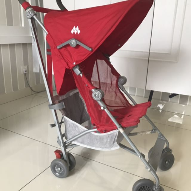 Maclaren Volo Stroller Complete With Rain Cover And Footmuff