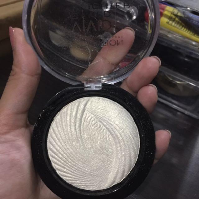 Makeup Revolution vivid Lights