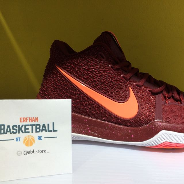 best cheap f7113 3ac5b NIKE KYRIE 3 MAROON on Carousell