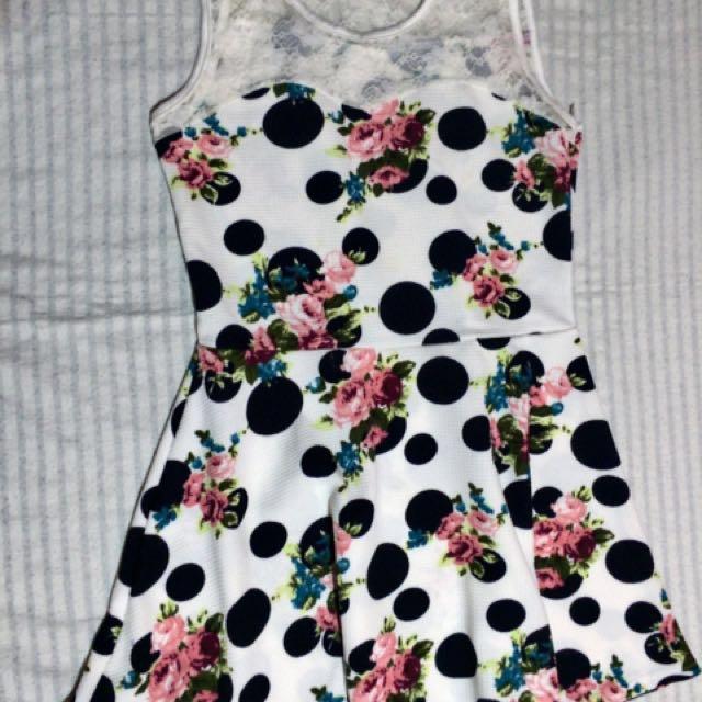 Polka dot.Dress