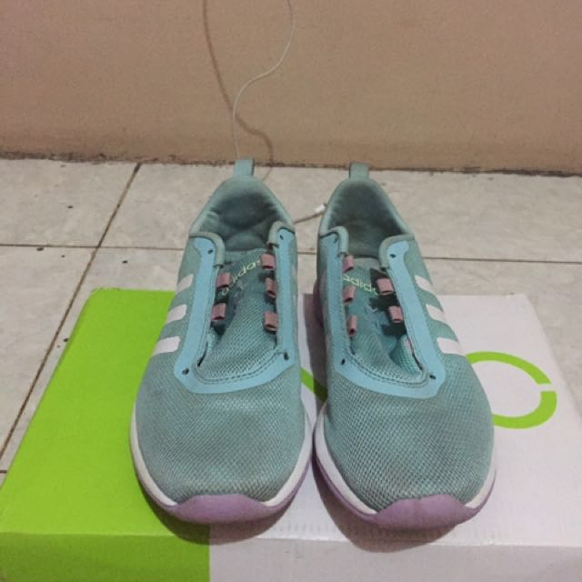 Sepatu Adidas NEO Women