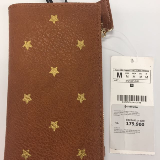 Stradivarius wallet new with minor defect