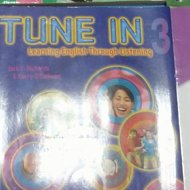 Tune in 3 英聽課本