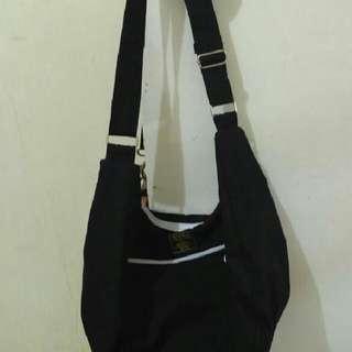 Sling Bag Crooms