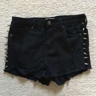 Forever 21 spiked black denim shorts size 26