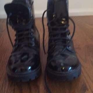 Doc Martin lookalike shoes