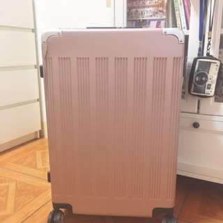 玫瑰金行李箱26吋