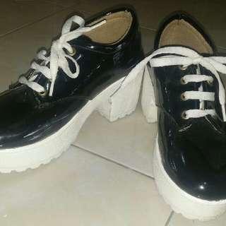 Sepatu SNEAKERS BOOTS