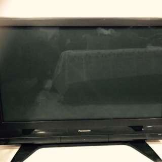 Cash and Carry Plasma TV in great condition!