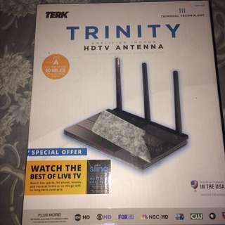 TRINITY AMPLIFIED INDOOR HDTV ANTENNA