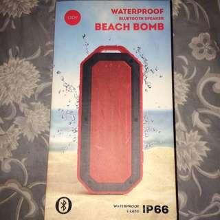 BRAND NEW WATERPROOF BLUETOOTH SPEAKER BEACH BOMB