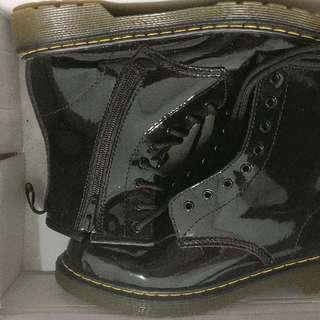 Dr. Martens DELANEY Boots Black Size 37