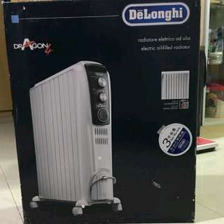 Delonghi 充油式電暖爐