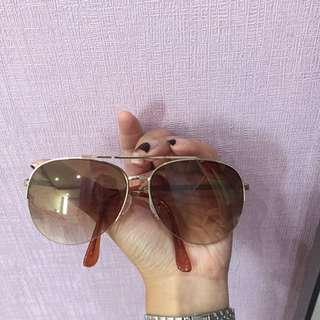 Kacamata forever 21