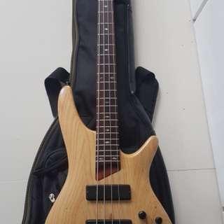 Ibanez Bass Guitar SR600