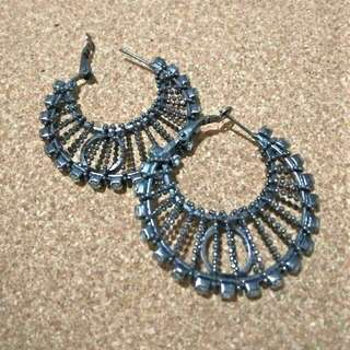 Ear Art (black w/ crystal stones)