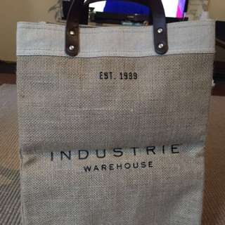 Industrie warehouse hessian bag