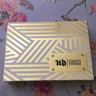 URBAN DECAY Gwen Stefani Eyeshadow Palette (Sale!!)