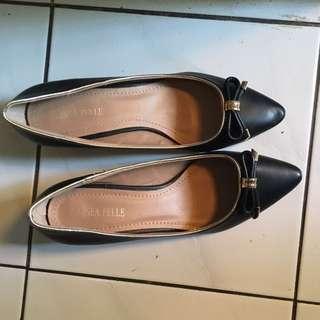 Sepatu kantor heels 3cm