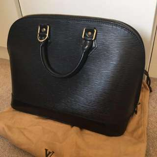 Authentic LV ALMA Epi Leather