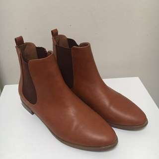 Rubi Shoes Brown Boots Size 39