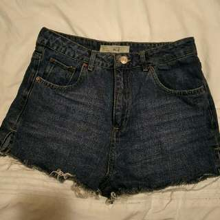 "Topshop Denim ""Mom Jean"" shorts"