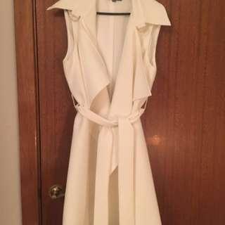 Sheike White Vest