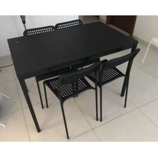 Tarendo Dinning Table with chairs