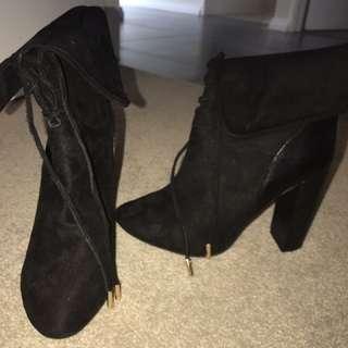 Black boot heels