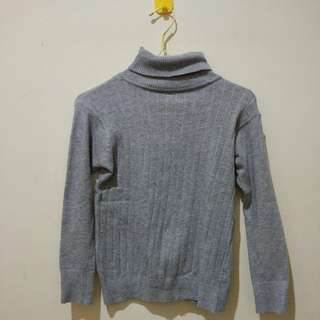 Grey Halter Neck Sweater Rajut